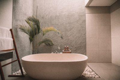 Badsanierung + Fliesenleger